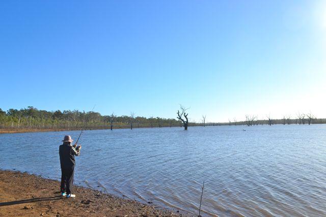 Rocklands Reservoir fishing