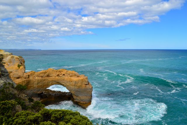 The Great Ocean Road - the Arch