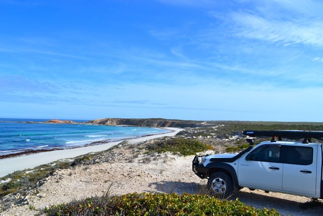 eyre-peninsula-west-coast-point-drummond-beach-bt50
