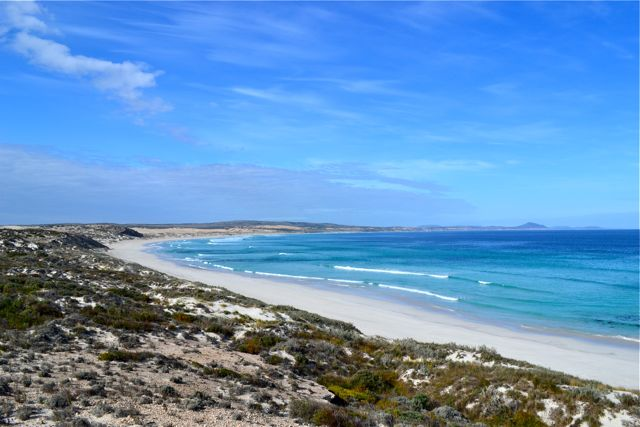 eyre-peninsula-west-coast-point-drummond-beach